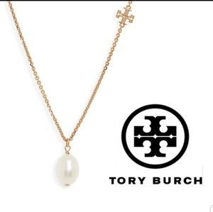 ■Tory Burch■ Delicate Logo Pearl Necklace